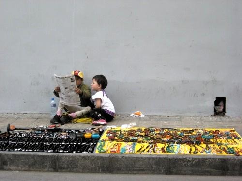 tibetan-vendor2