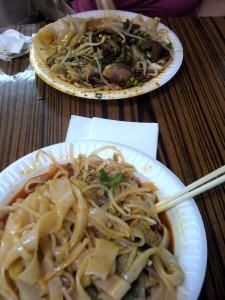 golden-mall-noodles